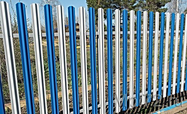 забор из штакетника2.jpg