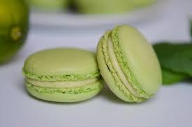 Macarons Lime-Basilic