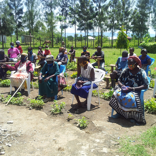 Families in Ayweyo 1