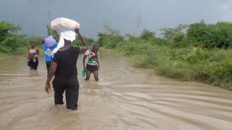 Flood and destruction many places in Kenya