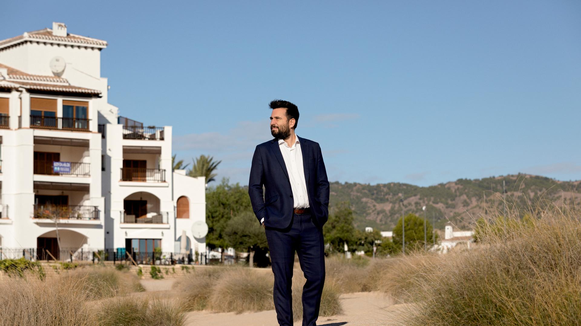 Hernández Mora Abogados