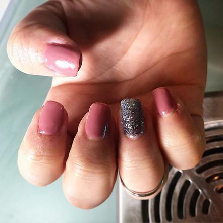 _sammieebaker lushious nails this mornin