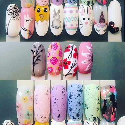 💅🏼 Some cute little nail designs all r