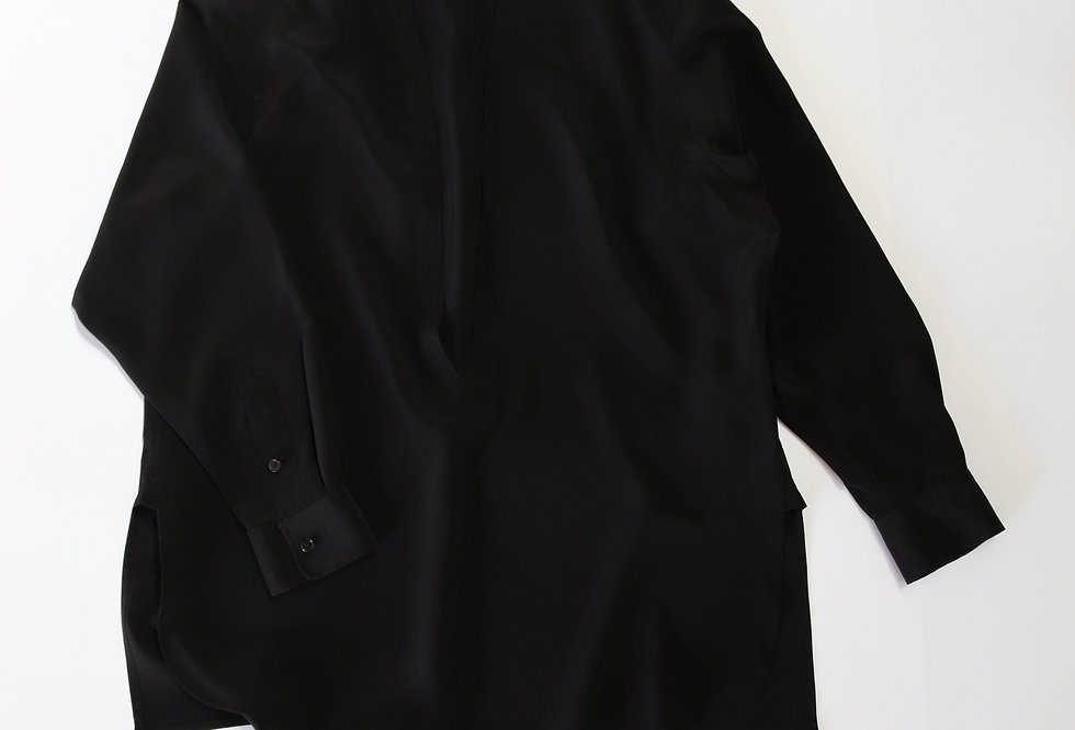 un/unbient PULL OVER BLACK