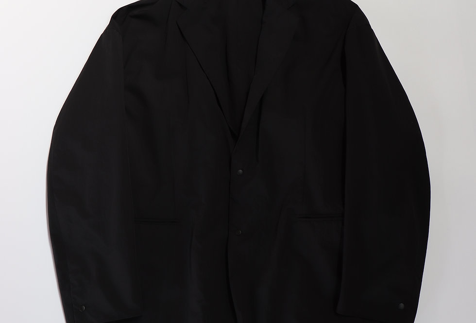 beta post Capsule jacket BLACK