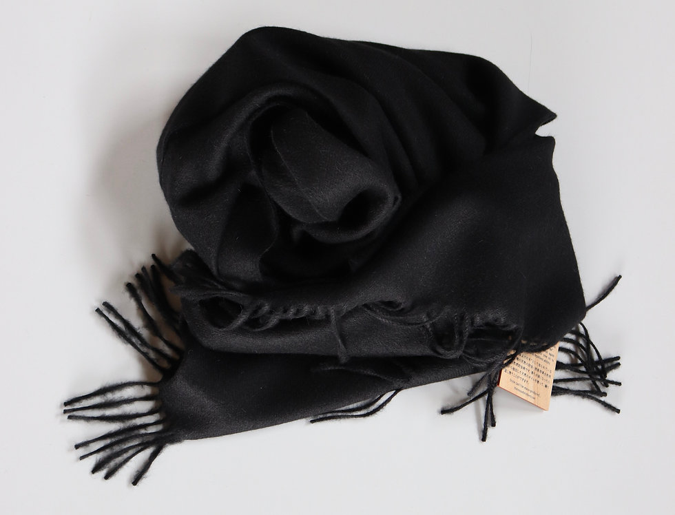 THE INOUE BROTHERS Large Brushed Stole Black