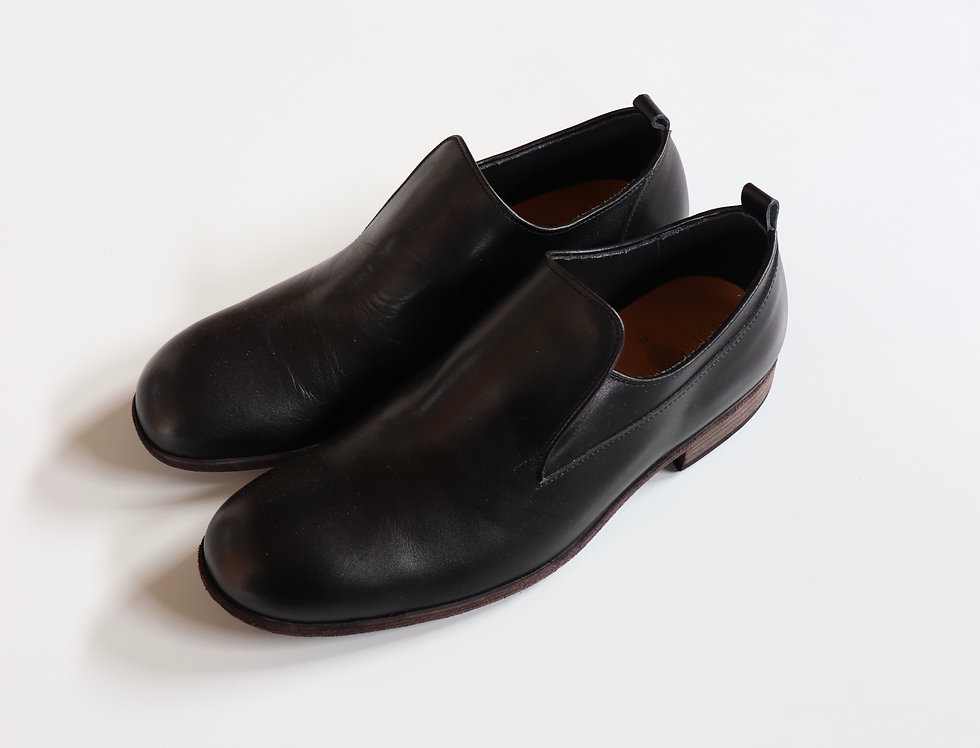 PETROSOLAUM Hide Elastic Slip On BLACK