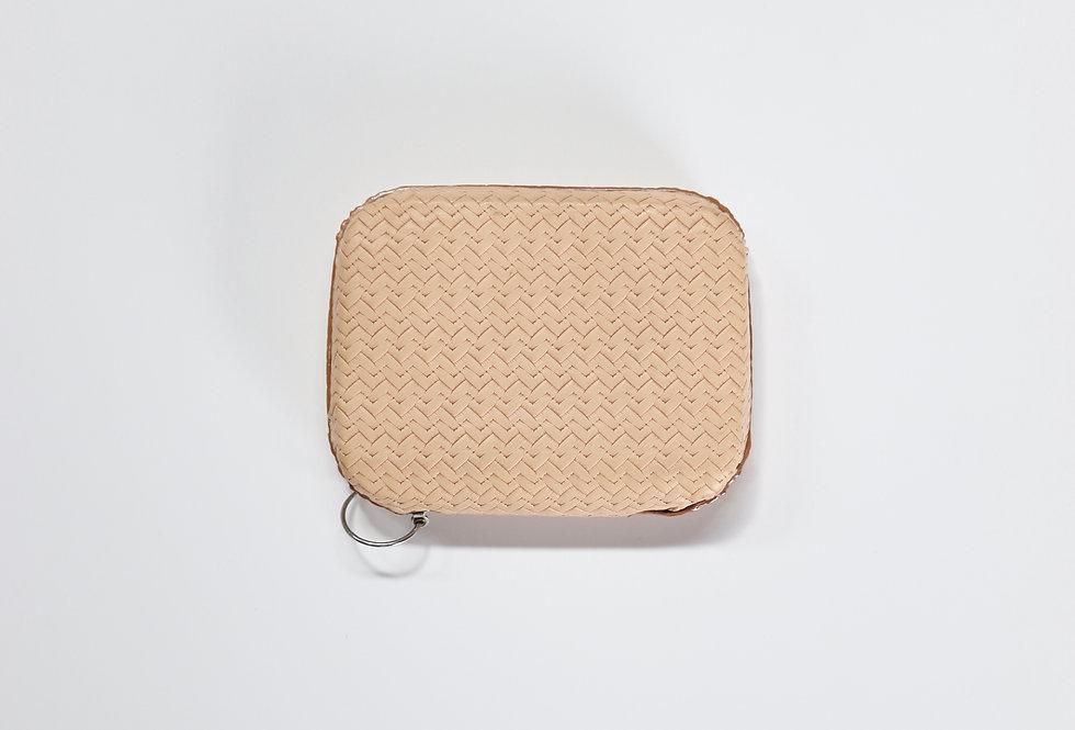 beta post Mini purse BASKET
