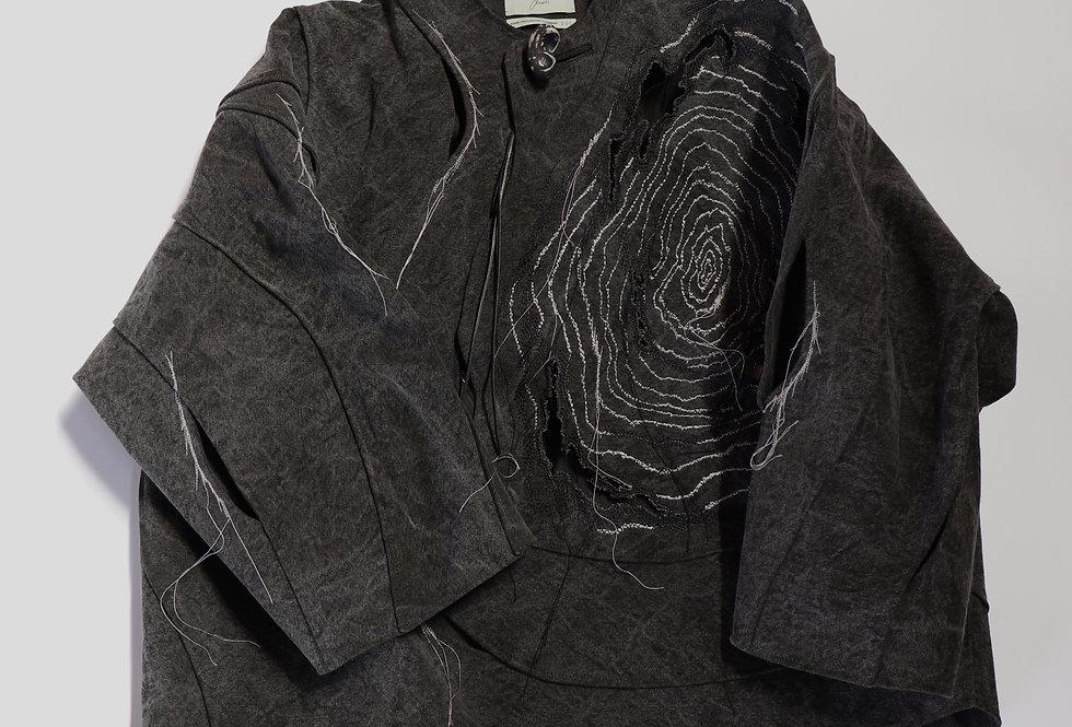 amachi. Petrified Wood Top [× Elise Gettliffe] Charcoal Dye