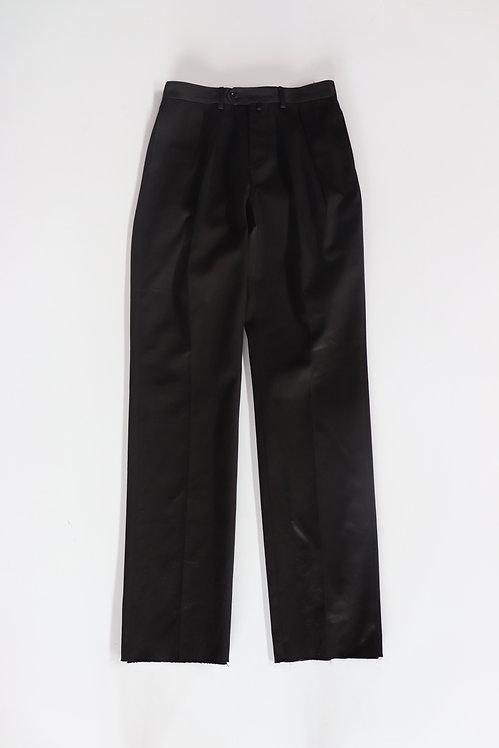 NEAT Turpan Satin Standard Black
