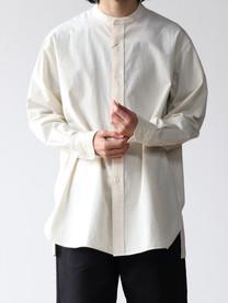 Band collar shirt selvedge
