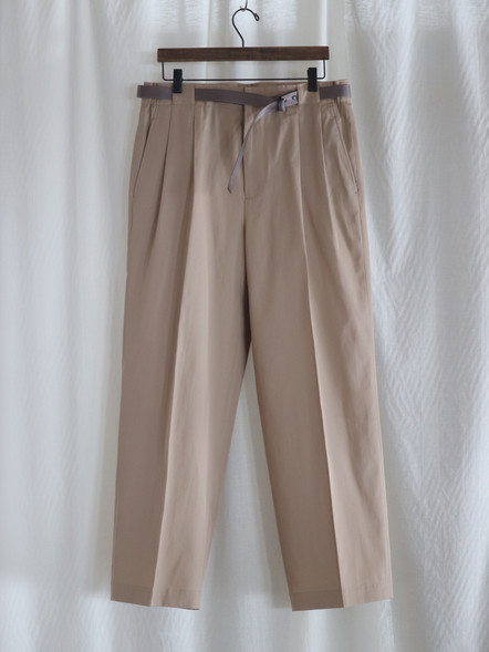 TWO TUCKS WIDE PANTS WITH BELT