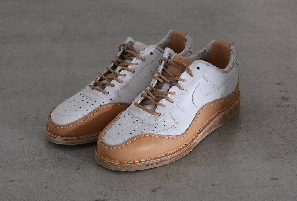 PETERSONSTOOP V2 low Nike air force low white and tan leather cork sole wavy