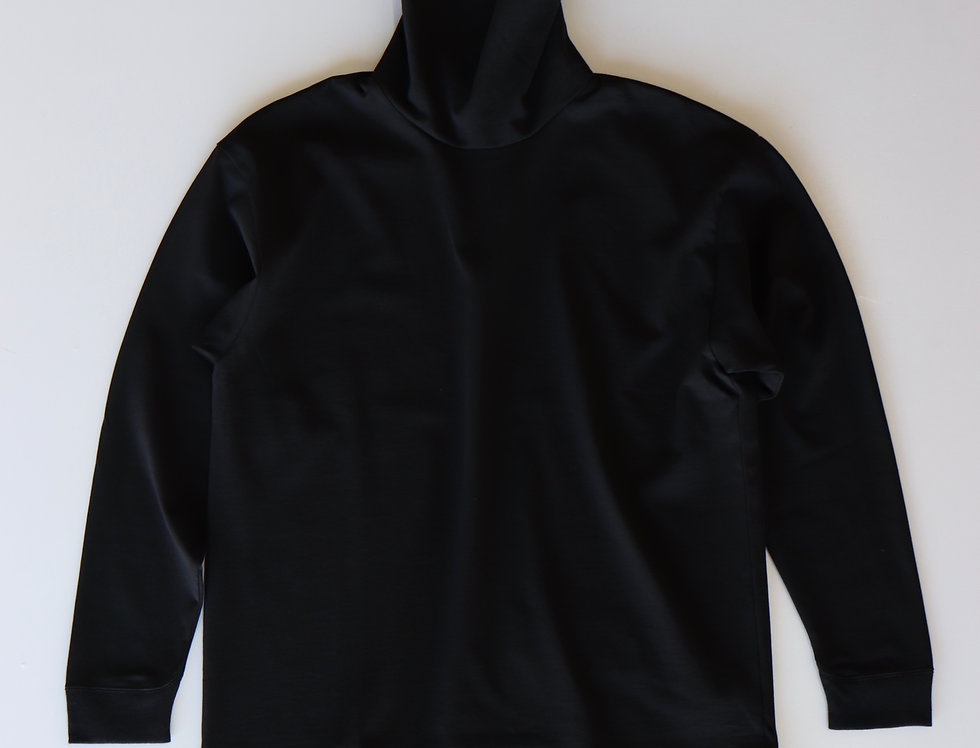 ATON SUVIN AIR SPINNING HIGH NECK PULLOVER BLACK