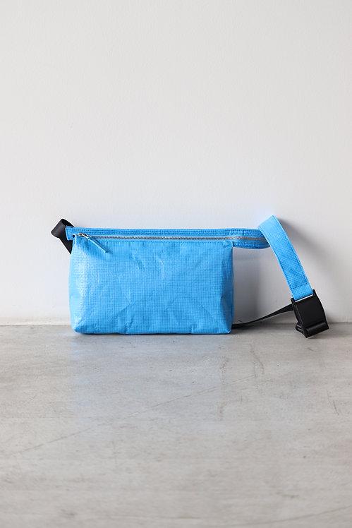 beta post HOMELESS BODY BAG -BLUE-