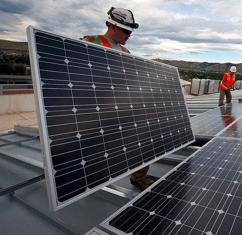 solar-panels-1794467_1280_edited.jpg