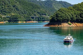 宮ケ瀬湖遊覧船