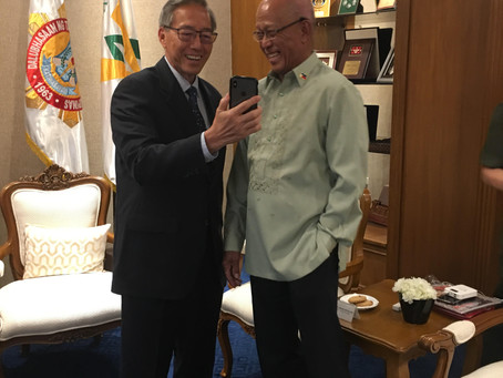 Darryll Wong meets with Philippine Secretary of Defense Delfin Lorenzana