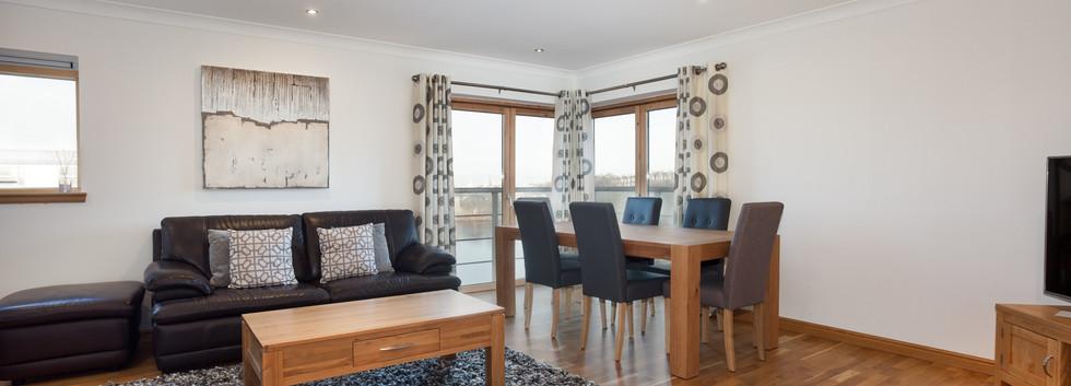 02_Living Room_Dining Room_172 Polmuir R