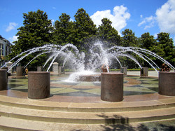 Waterfront Park Fountain on Vendue