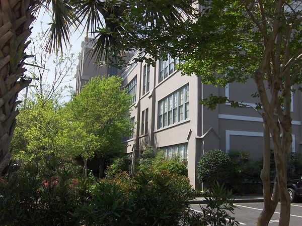 Crafts House Condominiums