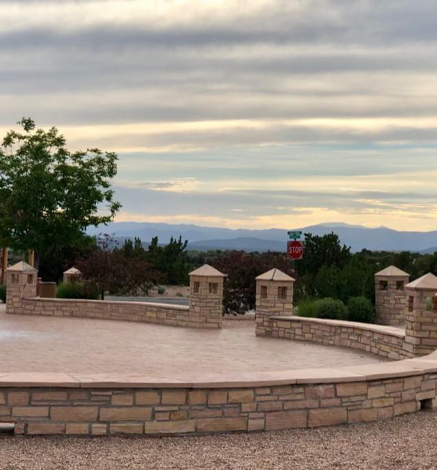 Amenitites in Aldea de Santa Fe 5