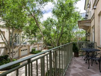 Courtyard Elliott.jpg