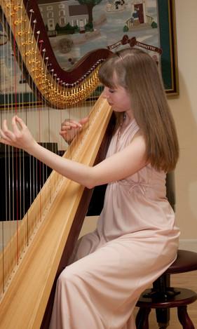 Heather Hills Harpist