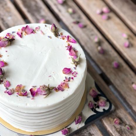 Carpenter and Cook's Elderflower and Lemon Cake