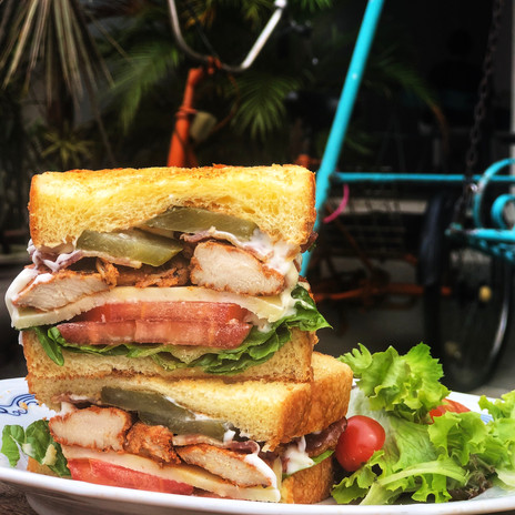 Carpenter and Cook's Grilled Chicken BLT