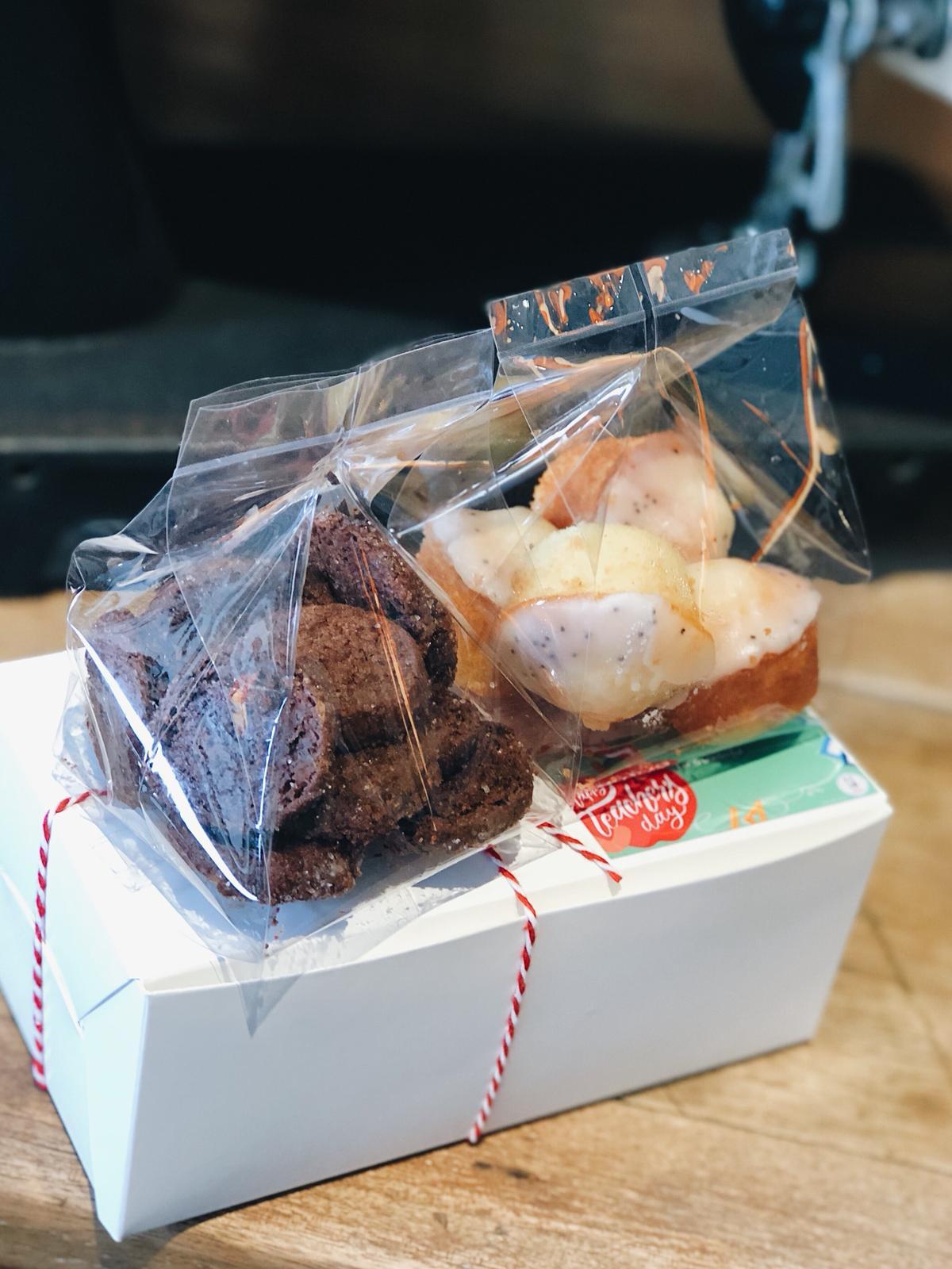 Teacher's Day Gift (Chocolate Sea Salt S