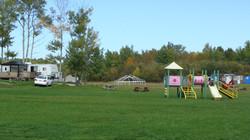 Campground & bombadiere 001