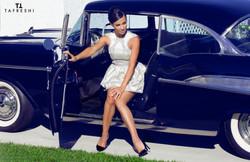 Curved-U-Shape Armhole Mini Dress