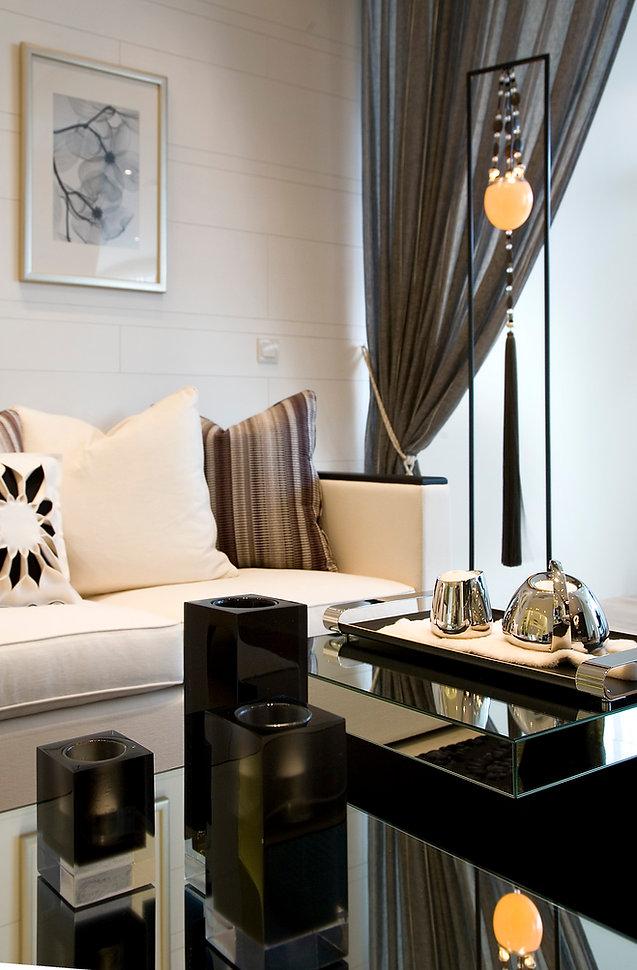 Rosewood Suites 04