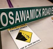 Osawamick Road E street signs beacon ima