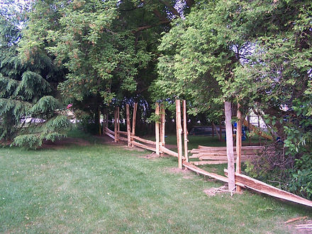 installation - straight rail cedar fenc