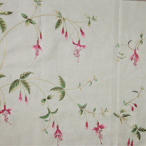 Colefax & Fowler Embroidered Viviers
