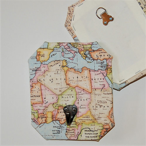 Map decorative wall hook
