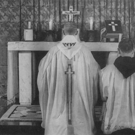 Ritus Servandus II: De ingressu   sacerdotis ad altare