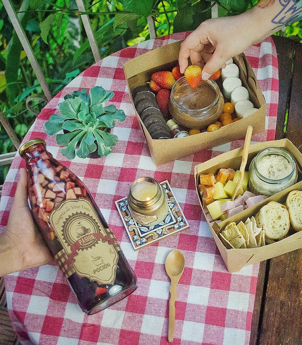 Celebración picnic en casa