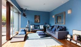 דירה צבועה כחול ים.jpg