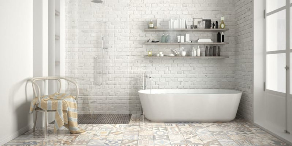 מקלחת מרוצפת.jpg