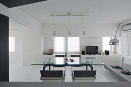 עיצוב לבן מודרני דירה.jpg