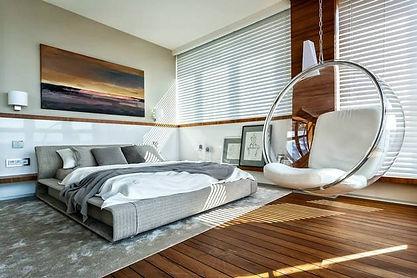צביעת חדר שינה מודרני.jpg