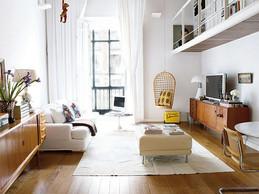 עיצוב דירה לבנה סלון קטן.jpg
