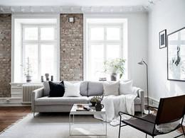 עיצוב דירה לבן עם בריק אבן.jpg