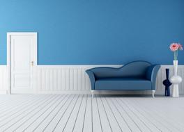 דירה צבועה כחול פרקט לבן.jpg