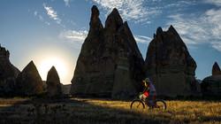 famele_cyclists