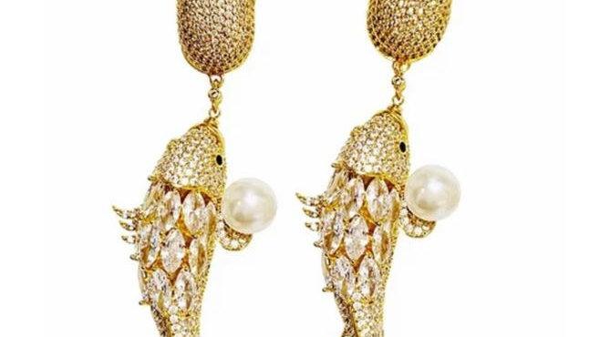 Pearl in Ocean Earrings