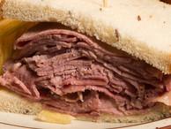 Corned_beef_sandwich2
